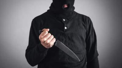 المتهمين كانوا يتجمعون في شقة بإمارة الشارقة لإعداد خطة محكمة لسرقة محل الصرافة