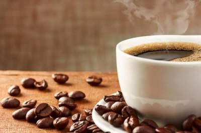 هذا ما تفعله القهوة بالأمعاء عند تناولها