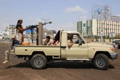الجيش اليمني سيطر على محطة الجهيم والمباني المحيطة بها. (رويترز)