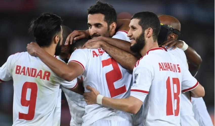 لاعبو منتخب الإمارات الأول. (الرؤية)
