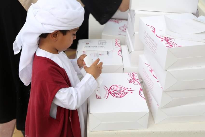 بلدية مدينة العين توزع أكثر من 6000 وجبة إفطار صائم خلال حملة «فطوركم علينا»