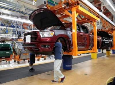 مصنع تابع لفيات كرايسلرفي الولايات المتحدة
