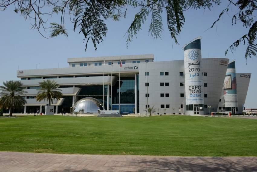 جمارك دبي تكمل الاستعداد لاستقبال القادمين للعيد والعائدين من العمرة
