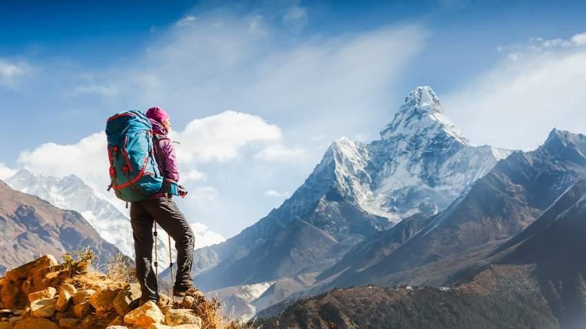 تضم الهند عشر قمم يزيد ارتفاعها على سبعة آلاف متر من بينها ثالث أعلى جبل في العالم وهو كانغشينجونغا الواقع بين الهند ونيبال (صورة تعبيرية)