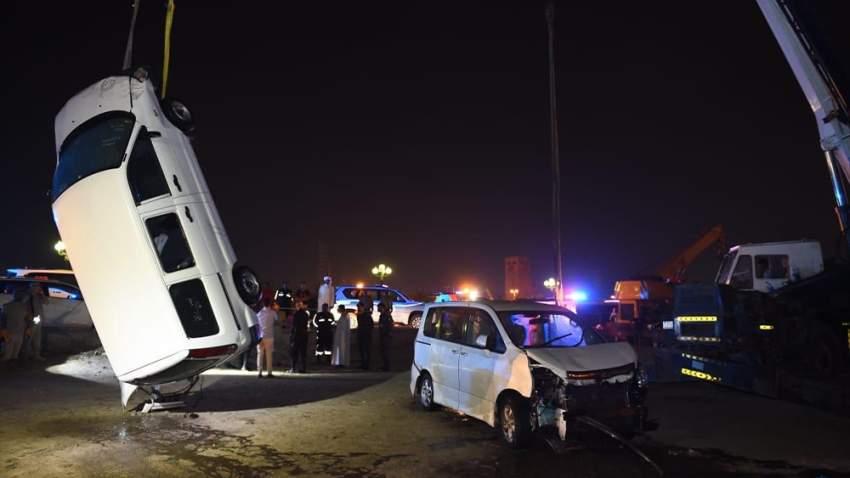 تتابع شرطة الشارقة تحقيقاتها لكشف المزيد من ملابسات الحادث