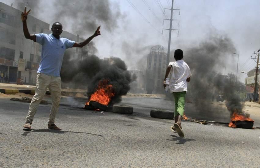 ارتفاع حصيلة فض الاعتصام في الخرطوم إلى أكثر من 35 قتيلاً