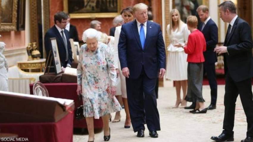 الأمير هاري يحاول الانشغال في الحديث مع آخرين حتى ينتجنب ترامب