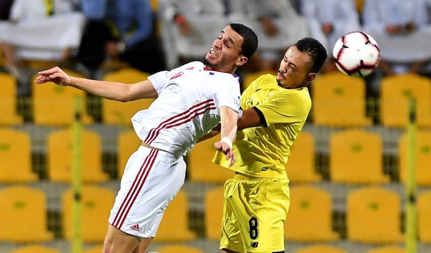 من مباراة الوصل والشارقة بدوري الخليج العربي أخيراً. (الرؤية)