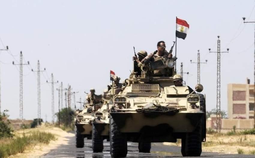 دورية عسكرية بشمال سيناء - رويترز