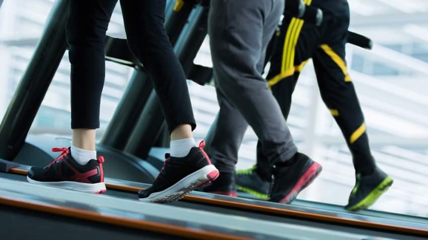 ممارسة التمارين الرياضية لحرق السعرات وتخفيف التوتر