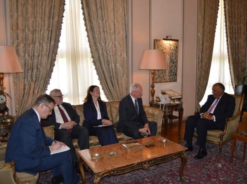 وزير الخارجية المصري مع المبعوث الأمريكي لسوريا