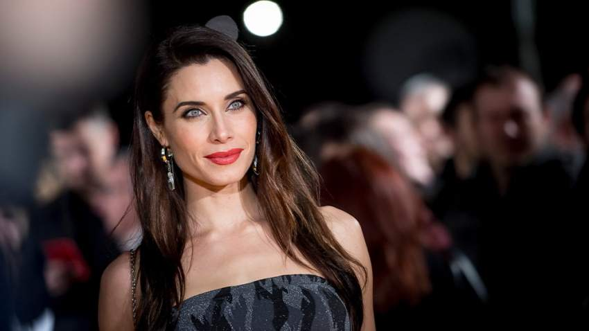 اختيرت المرأة الأكثر جاذبية في العالم حسب إحدى المجلات الأسبانية