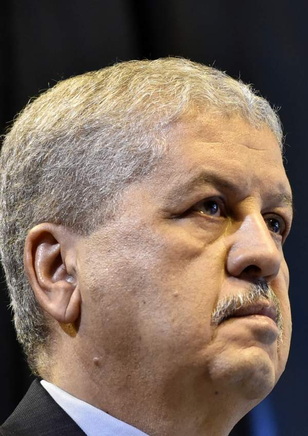 (FILES) In this file photo taken on February 9, 2019 Abdelmalek Sellal, Algeria's former prime minister, attends a campaign rally organised by the National Liberation Front (FLN) party at La Coupole arena in the capital Algiers. - Sellal was remanded in custody today after appearing before a judge as part of an anti-corruption investigation, state media reported. The decision against Sellal, an ally of ex-president Abdelaziz Bouteflika, comes a day after former premier Ahmed Ouyahia was also remanded in custody. (Photo by RYAD KRAMDI / AFP)