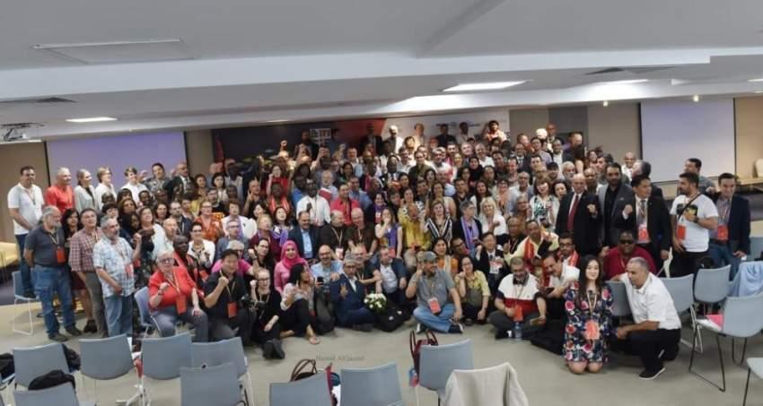 صورة جماعية خلال أعمال المؤتمر العام الثلاثين للاتحاد الدولي للصحفيين في تونس. (الرؤية)