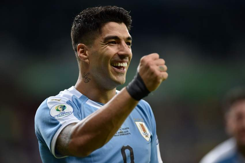 Uruguay's Luis Suarez celebrates after scoring against Ecuador during their Copa America football tournament group match at the Mineirao Stadium in Belo Horizonte, Brazil, on June 16, 2019. (Photo by Douglas MAGNO / AFP)
