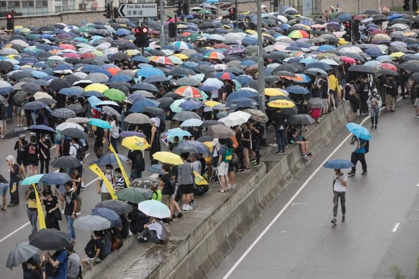 تواصل الاحتجاجات في هونغ كونغ امس إي بي أية