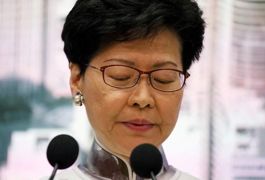 الرئيسة التنفيذية لهونغ كونغ رويترز
