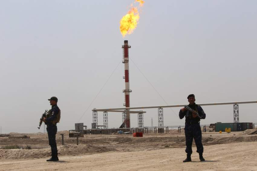 البصرة .. إجلاء عمال بقطاع النفط بعد حادث الصاروخ «المجهول»