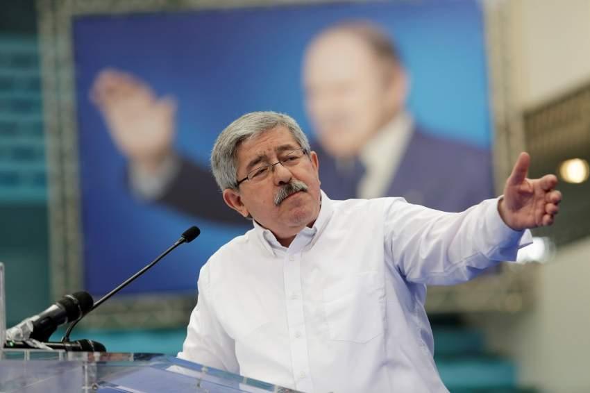 رئيس الوزراء الجزائري السابق أحمد أويحي. (رويترز)