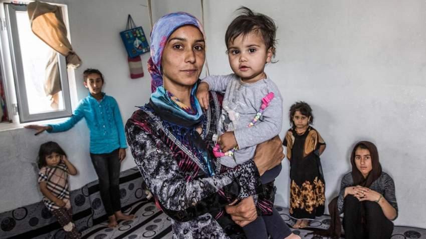 ارتفعت نسبة أعداد اللاجئين أو طالبي اللجوء أو النازحين داخلياً بين سكان العالم في عام 2018 إلى شخص واحد من بين 108