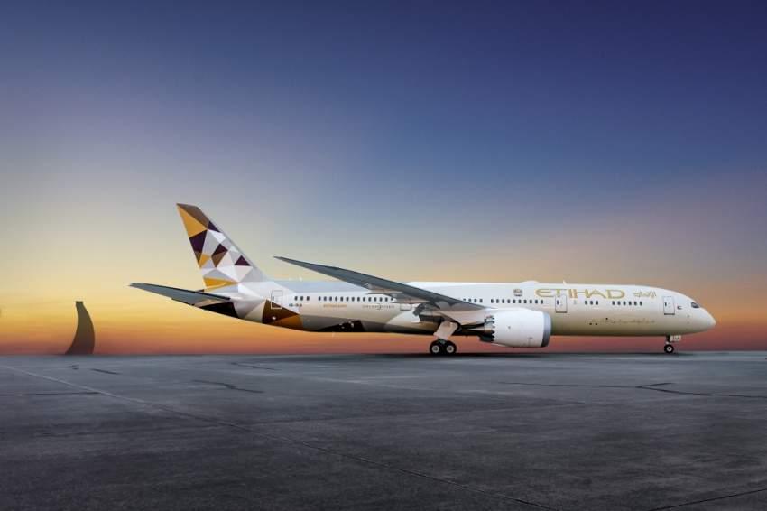 الاتحاد للطيران تضع سلامة الركاب والطواقم الجوية في قمة الأولويات. (الرؤية)