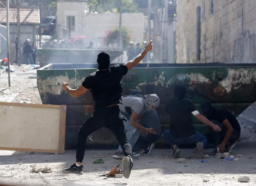جانب من الاحتجاجات الفلسطينية المستمرة في القدس منذ الخميس الماضي. أ ف ب