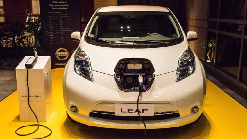 هل تُصبح السيارات مصدر الكهرباء لمنازلنا قريباً؟