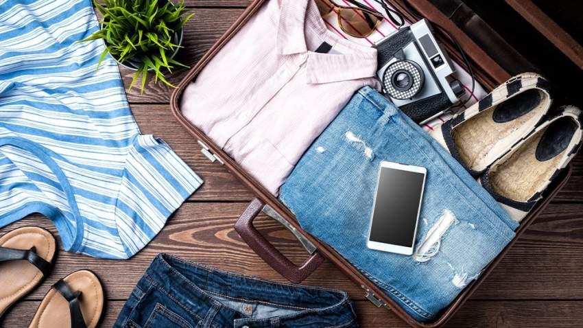 ترتيب حقيبة السفر يشكل عبئاً على العديد منا