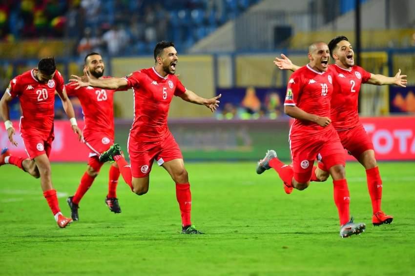 فرحة تونسية بالتأهل على حساب غانا. (إي بي ايه)