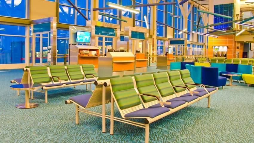 مطار فانكوفر الدولي