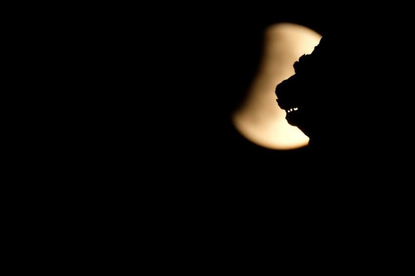 لقطة رائعة لخسوف القمر في فينيسيا في إيطاليا
