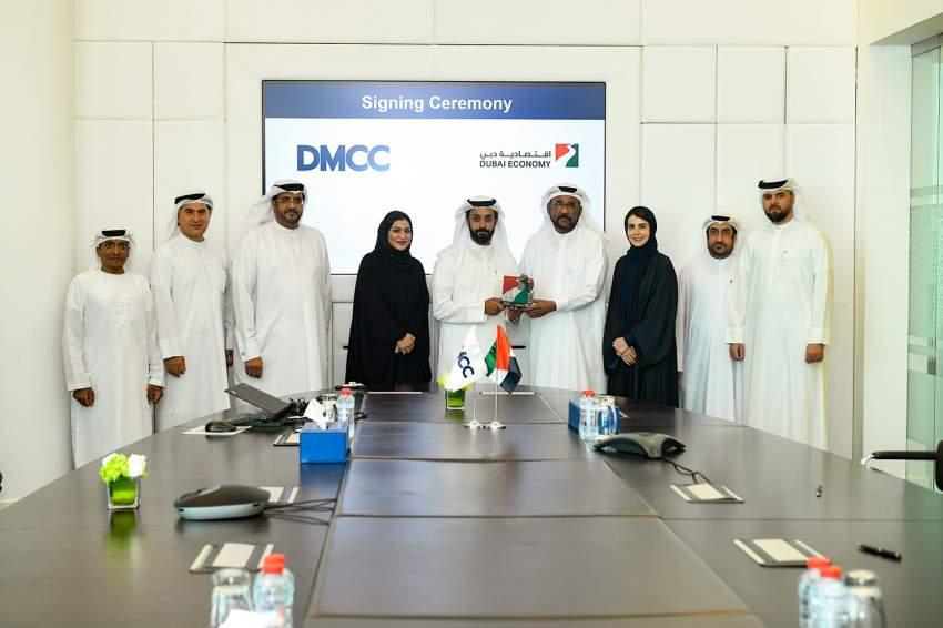 التعليم والإنتاج يتصدران قائمة نمو الوظائف في الإمارات. (الرؤية)