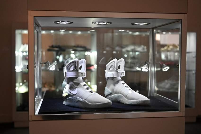 رجل أعمال كندي يشتري مجموعة أحذية رياضية نادرة بمبلغ خيالي