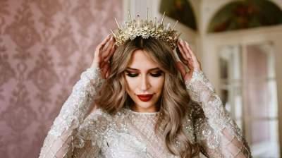 اتبعي هذا النصائح في اختيار تاج الزفاف