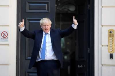 زعيم بريطانيا الجديد جونسون يتعهد بإتمام الانفصال عن الاتحاد الأوروبي