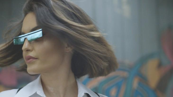 كارن وازن أطلقت خطها للنظارات الشمسية العام الماضي