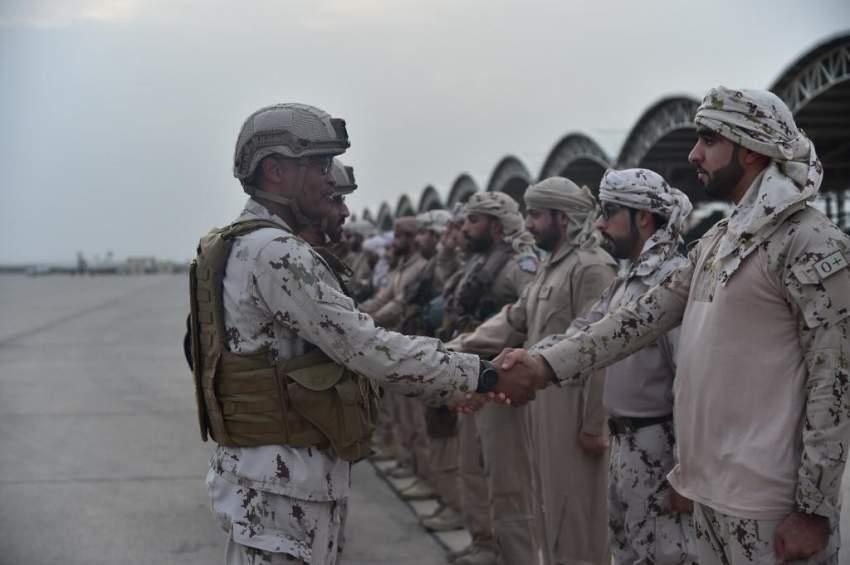 كبار قادة القوات المسلحة يهنئون قواتنا العاملة في اليمن والمتواجدة بالسعودية