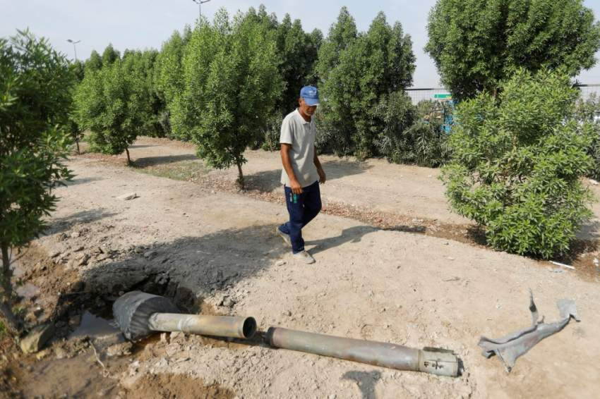"""رئيس الحكومة العراقية يوجه بالتحقيق في انفجارات """"مخزن الأسلحة"""""""