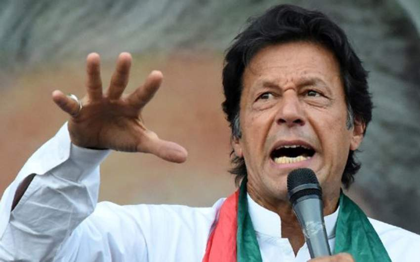 رغم التوتر الكبير عمران خان يزور كشمير