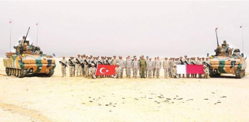 """صورة نشرتها """"حرييت"""" لقوات قطرية تركية مشتركة"""