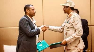 الأطراف السودانية توقع بشكل نهائي على وثائق المرحلة الانتقالية