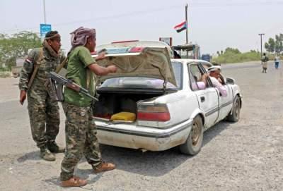 قوات أمن تفرض النظام في عدن. (أ ف ب)