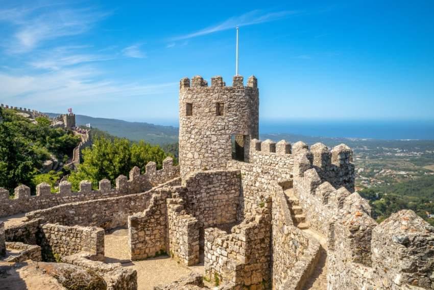 لا تفوت زيارة سينترا التي تبعد عن العاصمة لشبونة 35 دقيقة