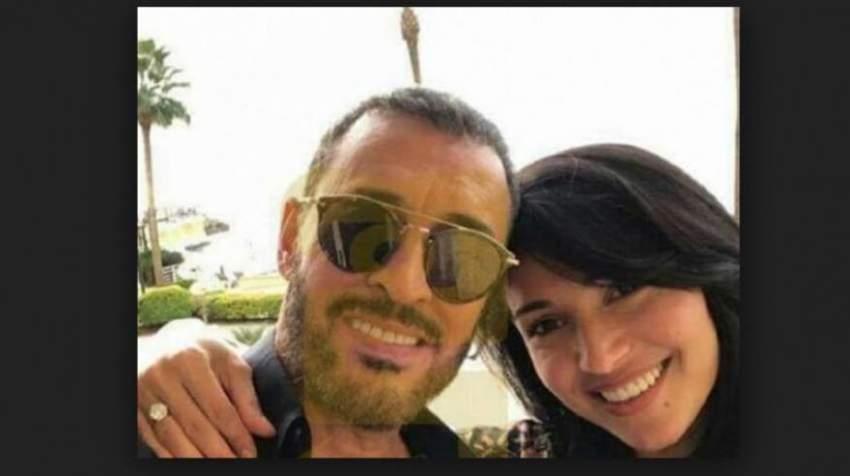 مع خطيبته التونسية