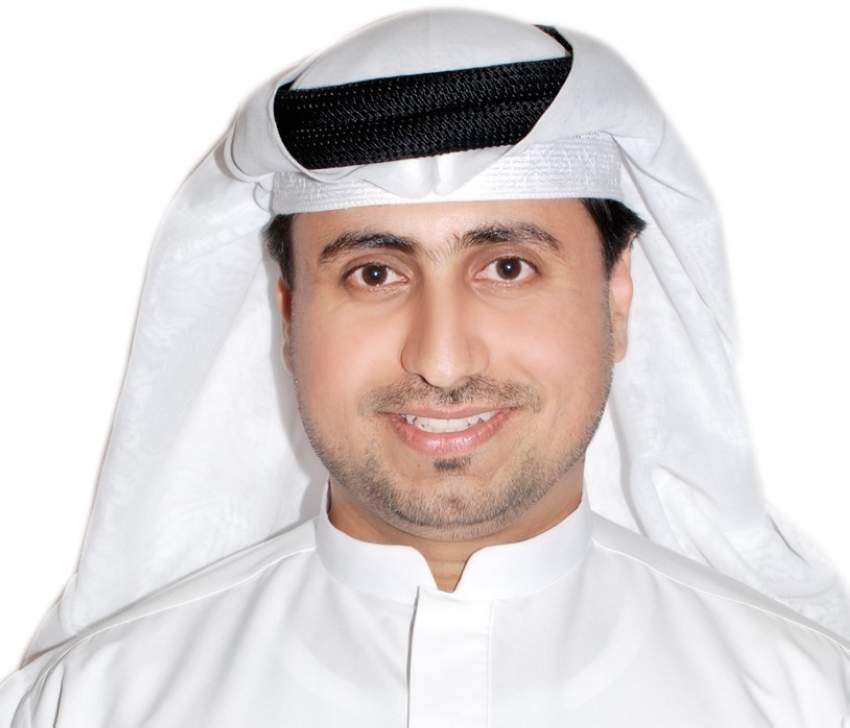 خليل عبد الواحد مدير إدارة الفنون التشكيلية بهيئة الثقافة والفنون في دبي