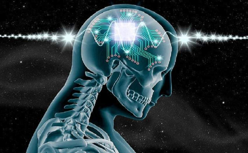 462B20D800000578-5066435-Implanting_a_microchip_into_your_brain_to_unlock_its_full_potent-a-83_1510238486896