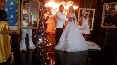 احتفل النجم أحمد فهمي بزواجه من النجمة هنا الزاهد في أحد الفنادق المطلة على النيل في القاهرة
