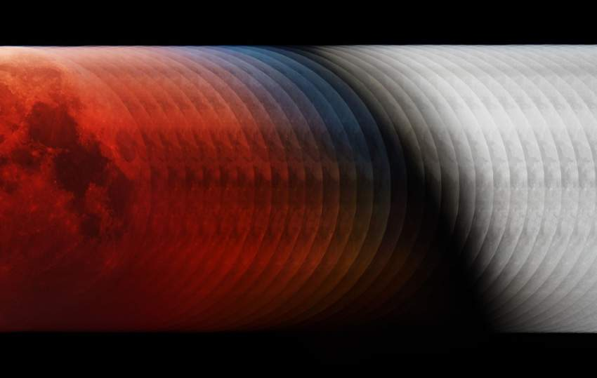 1. تعرض هذه الصورة المراحل الـ 35 من الخسوف الكلي للقمر الذي حدث في 21 يناير الماضي في صورة واحدة. كانت المراحل قريبة جداً من بعضها البعض بحيث تمتزج تماماً في صورة مستمرة. (لازلو فرنسيس)
