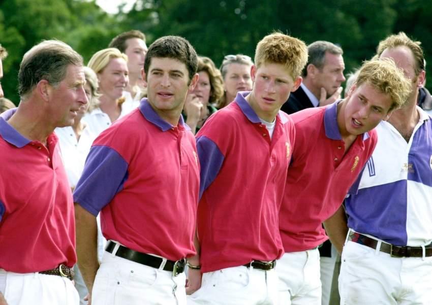 يشجع فريق أرسنال الإنجليزي لكرة القدم ودائماً يحضر مبارياته. كما يحب أيضاً أن يمارس رياضة الـ Polo.