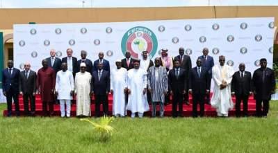 الغرب الأفريقي يتعهد بمليار دولار لمكافحة التطرف بالساحل